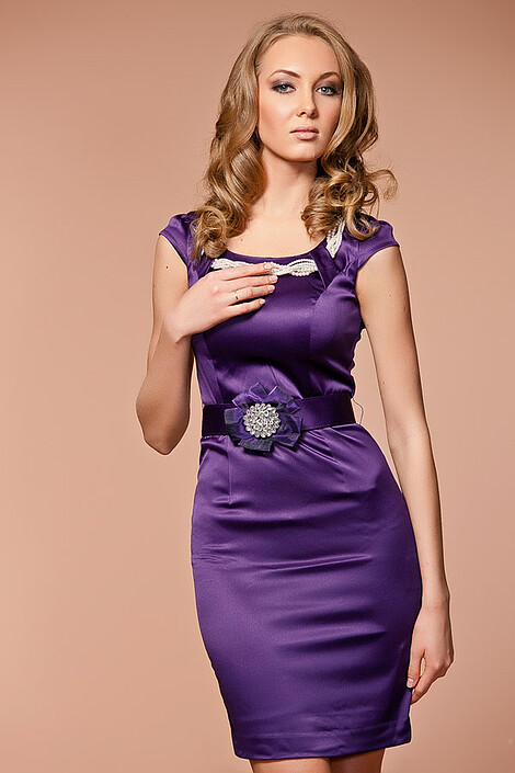 Платье за 7378 руб.