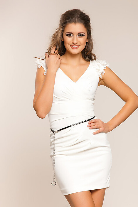 Платье за 8180 руб.
