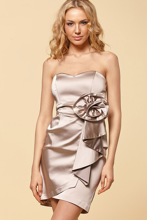Платье за 4768 руб.
