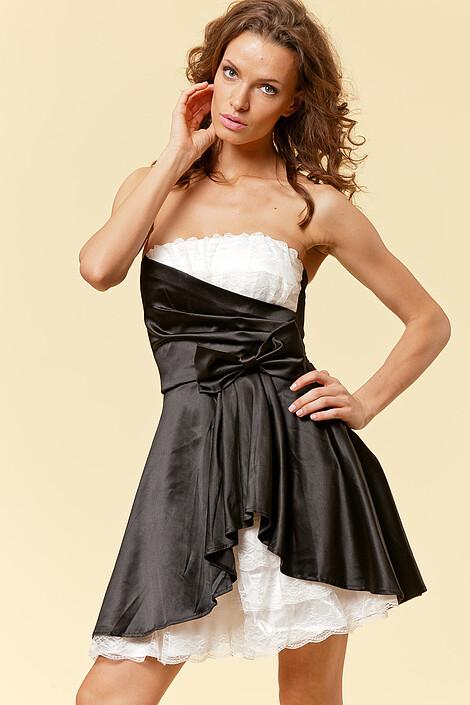 Платье за 2210 руб.