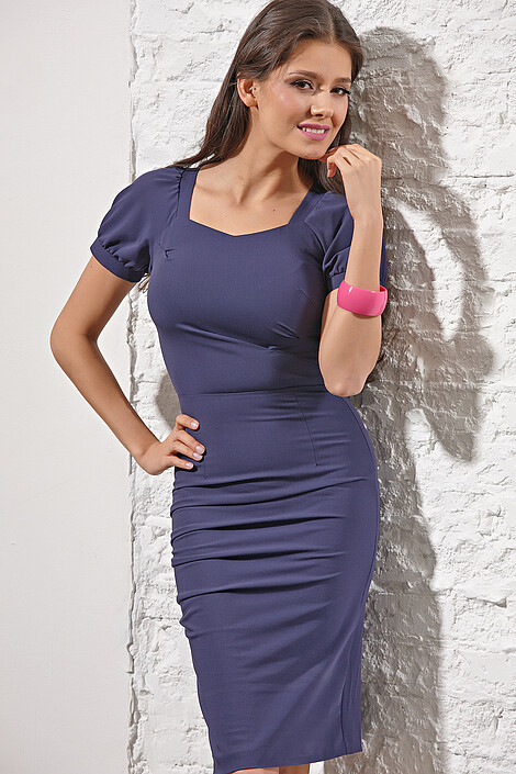 Платье за 3280 руб.