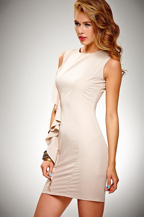 Платье за 3920 руб.