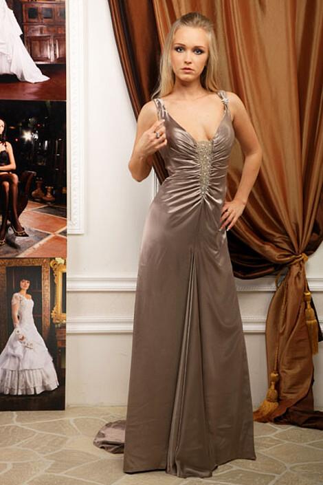 Платье за 7670 руб.