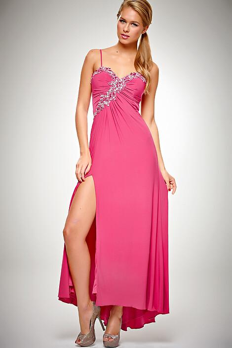 Платье за 8740 руб.