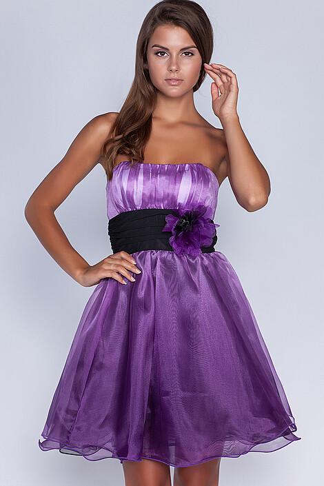 Платье за 1045 руб.