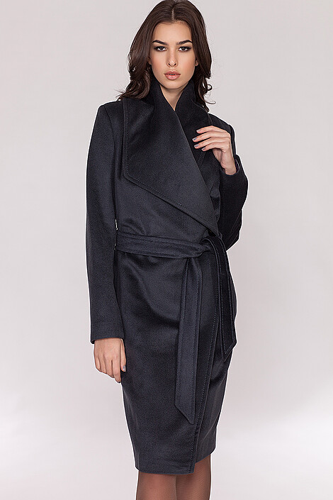 Пальто за 13990 руб.