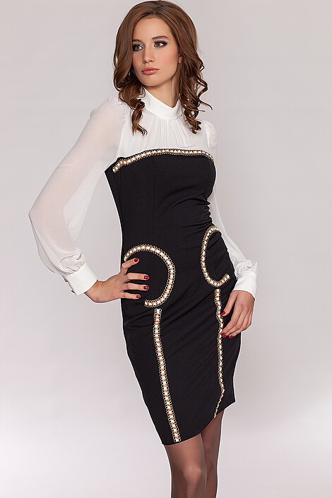 Платье за 2093 руб.