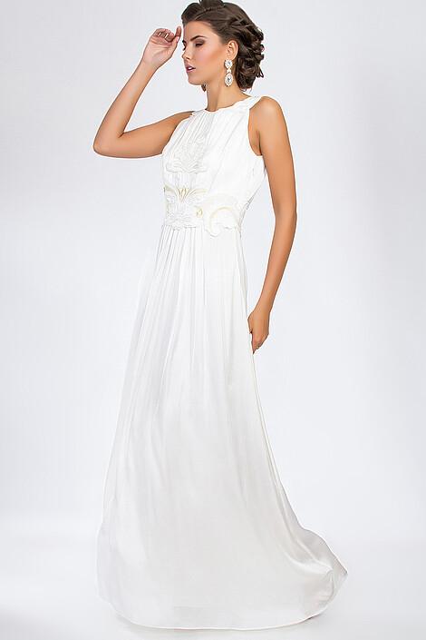 Платье за 8400 руб.