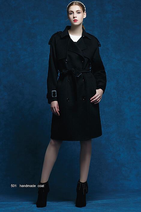 Пальто за 22600 руб.