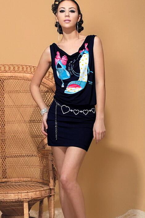 Платье за 4570 руб.