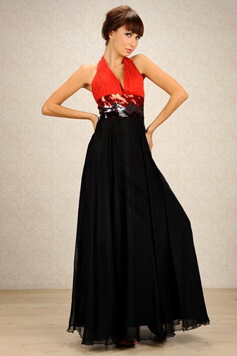 Платье за 8500 руб.