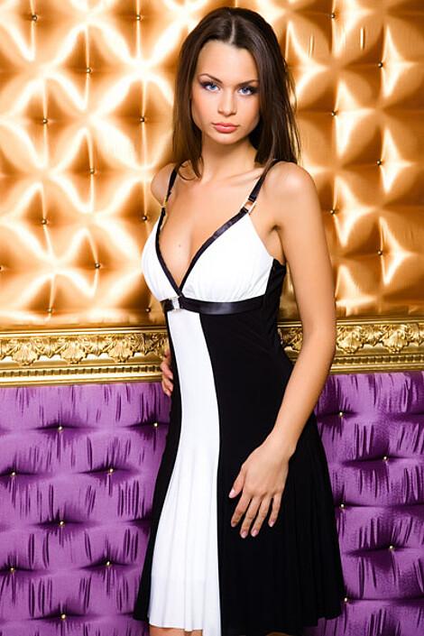 Платье за 3470 руб.