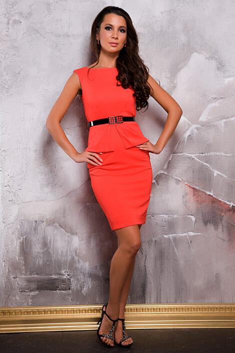 Платье за 8450 руб.