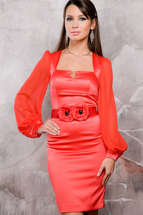 Платье за 7090 руб.