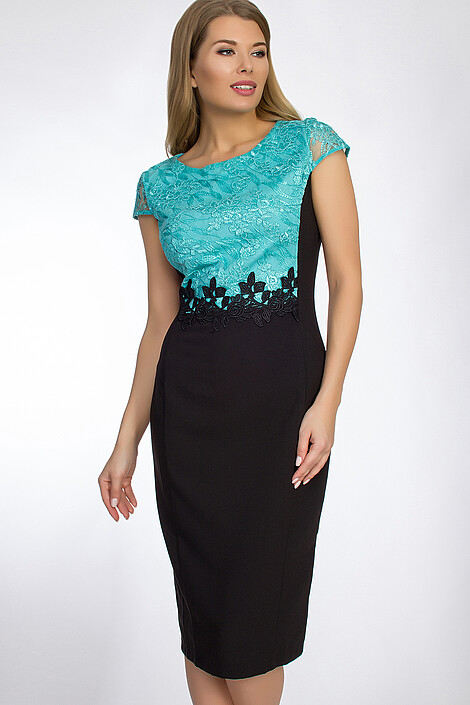 Платье за 2702 руб.