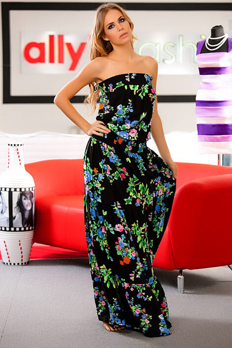 Платье за 3220 руб.