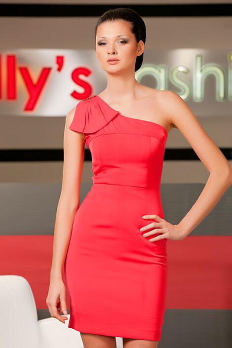 Платье за 6810 руб.