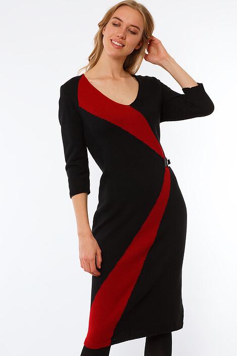 Платье за 2457 руб.