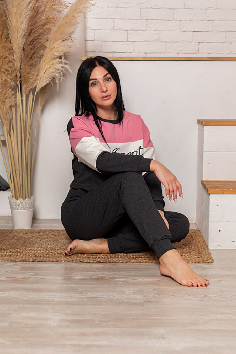 Костюм (толстовка+брюки) для женщин SOFIYA37 708048 купить оптом от производителя. Совместная покупка женской одежды в OptMoyo