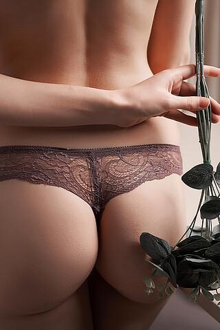 """Бесшовные трусики-стринги с кружевом женские трусики """"Призрачная красота"""" LE CABARET"""